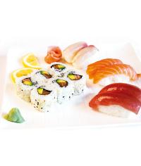 F12 -California maki sushi